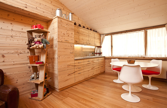 Traditional chalet<br/>Wood