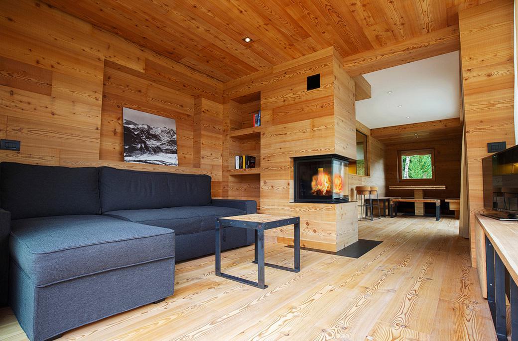Arredamento casa montagna awesome top tessuti casa di for Arredamento interni case montagna